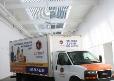 Free_Truck_to_move_your_goods_into_just_right_self_storage